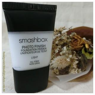 相信,如對化妝有數年經驗以上的 SiS,對 Smashbox 這品牌應該一點也不陌生,Smashbox 的皇牌 photo finish foundation primer,更是不少美容師化妝箱內必備...